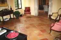 Carrelage terre cuite de 28x28 cm  – Fabrication artisanale au feu de bois