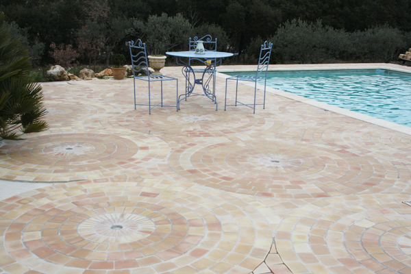 Rosace carrelage carreau plage de piscine fabrication for Plage piscine carrelage